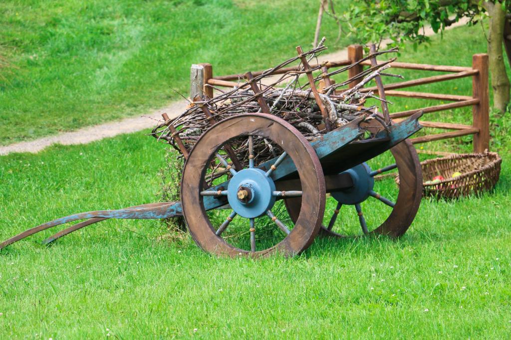 Hobbit cart