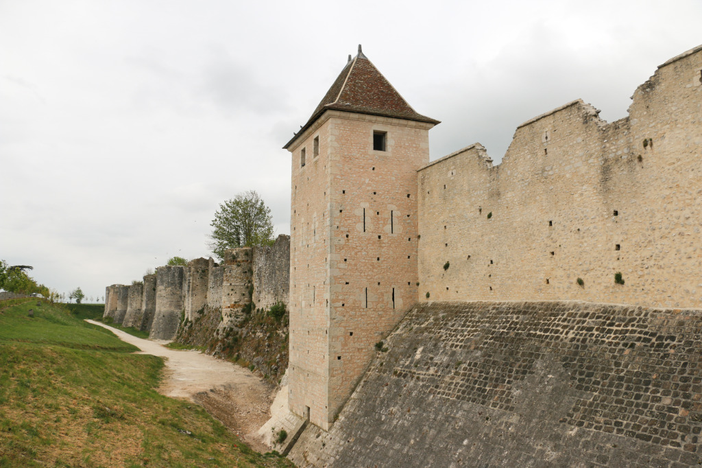 Provins fortification