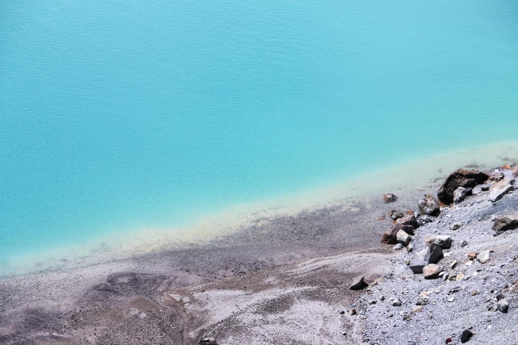 Lake detail