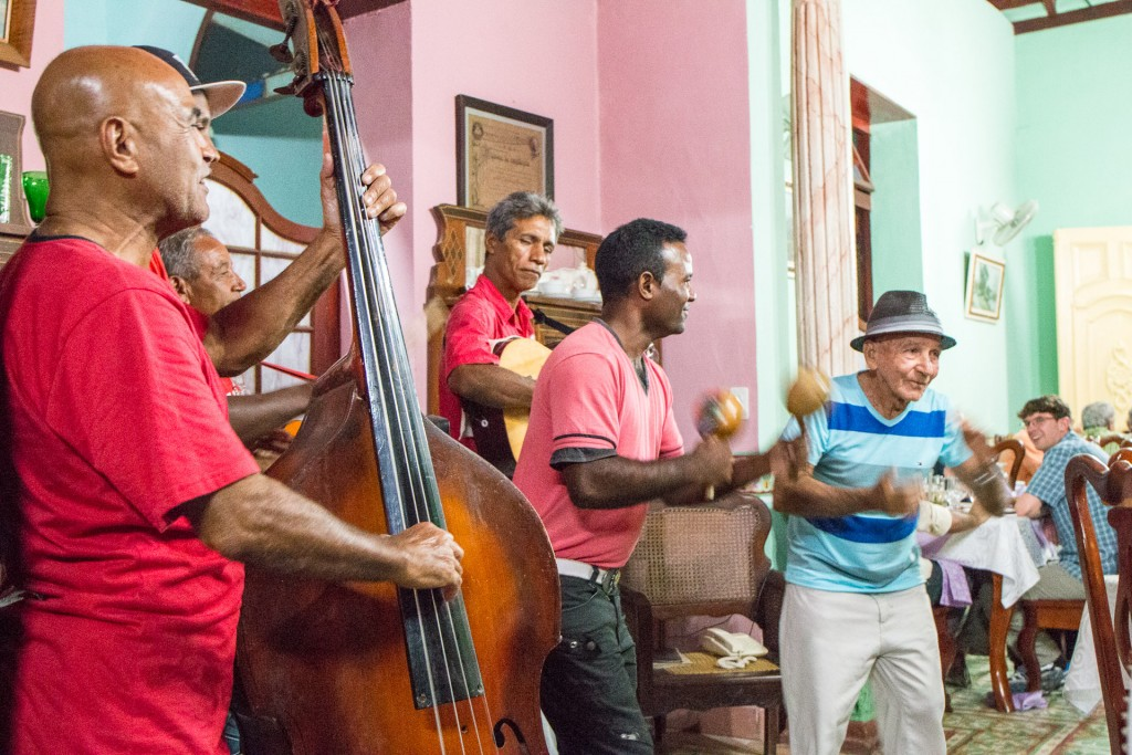 Cuban music in Trinidad