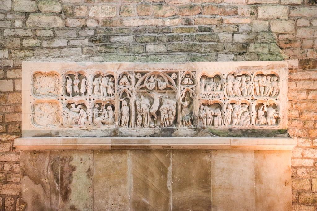 Abbey Fontenay - Altar