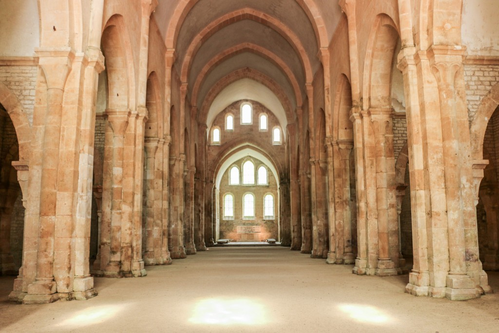 Abbey Fontenay - Church nave