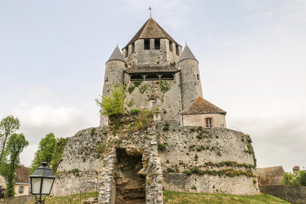 Provins Tour César