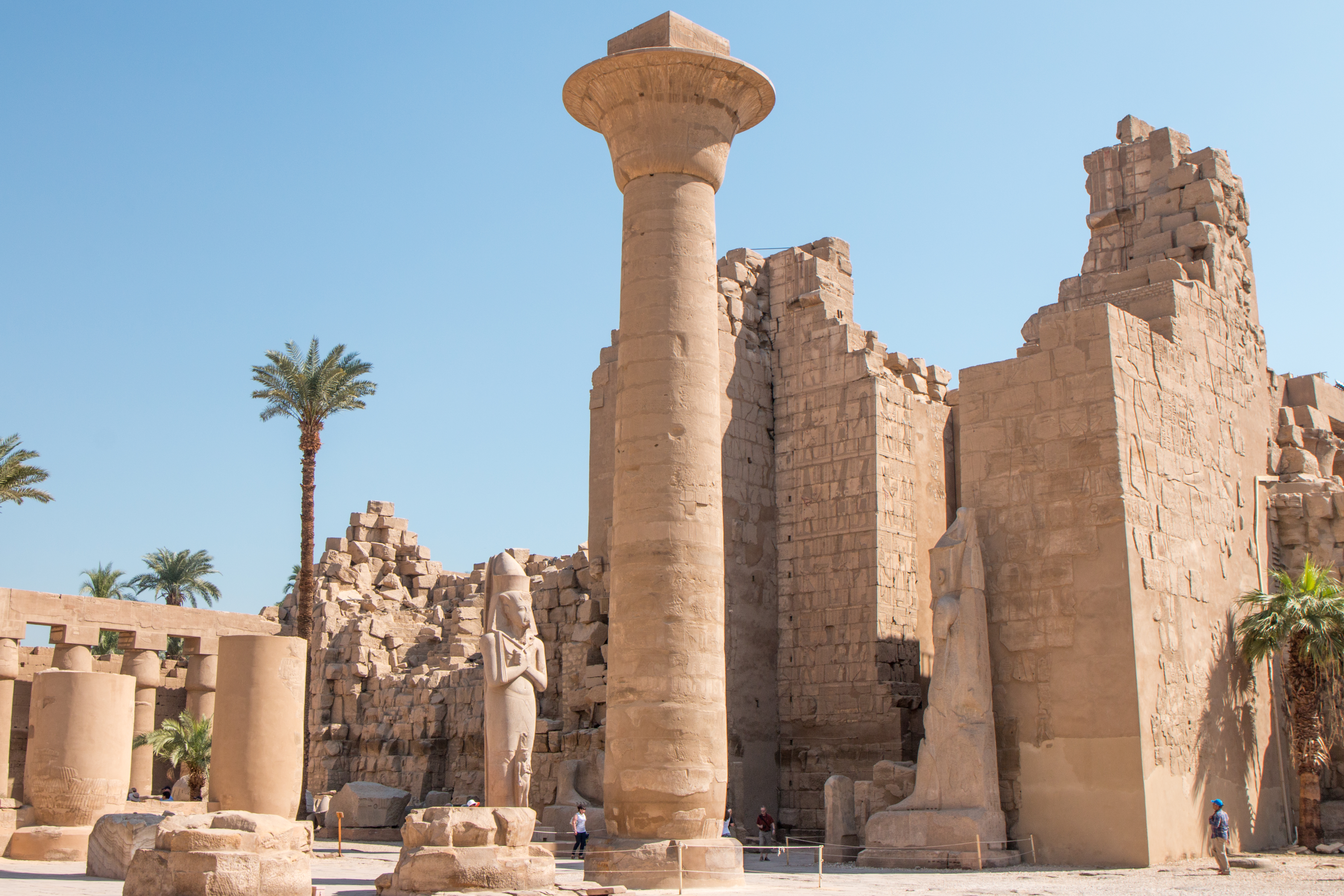 the history and significance of the egyptian temples It was thought, for instance, that religious figureheads would see the gods more frequently in their dreams and receive more messages pertaining to egyptian moral values than that of egyptians who were not men of the temples.